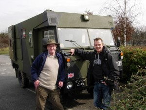 Land-Rover Hand-Over